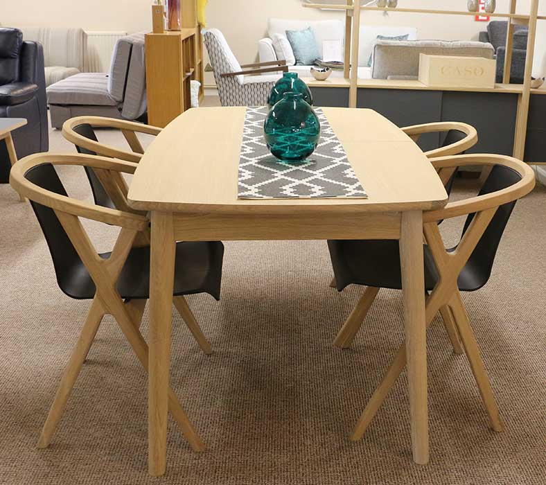 Caso table with 4 chairs