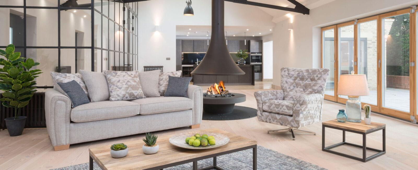 Memphis sofa and armchair